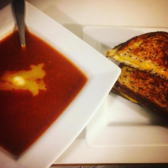 Tomato & Grilled Cheese